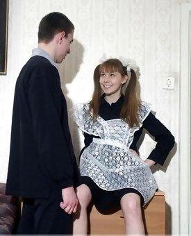 Schoolgirl gives a head